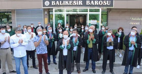 """""""BARO BAŞKANLARI TERÖRİST DEĞİLDİR"""""""