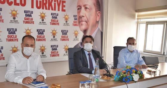 AK PARTİ'DE 5 İLÇE BAŞKANI GİTTİ !..