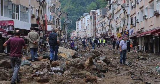 """""""YANLIŞ KENTLEŞME POLİTİKALARI AFETLERİ GETİRİYOR"""""""