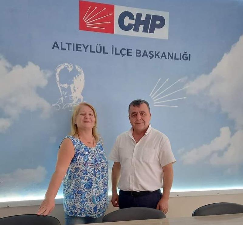 CHP'DE İKİ İSTİFA DAHA